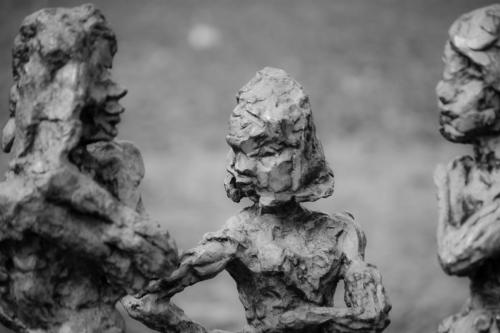 lady-statues